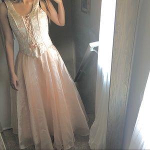 ASPEED vintage royalty prom dress